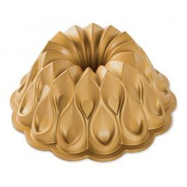 Nordic Ware Forma na bábovku Koruna zlatá 2,3 l